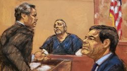 """Defense attorney Jeffrey Lichtman (L) cross examines Alex Cifuentes (C), a close associate of the accused Mexican drug lord Joaquin """"El Chapo"""" Guzman (R) in this courtroom sketch in Brooklyn federal court in New York, U.S., January 15, 2019. REUTERS/Jane Rosenberg"""