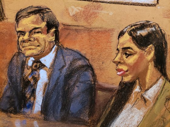 "Accused Mexican drug lord Joaquin ""El Chapo"" Guzman and his wife Emma Coronel Aispuro looks on in this courtroom sketch, during closing arguments at his trial in Brooklyn federal court in New York City, U.S., January 31, 2019. REUTERS/Jane Rosenberg"