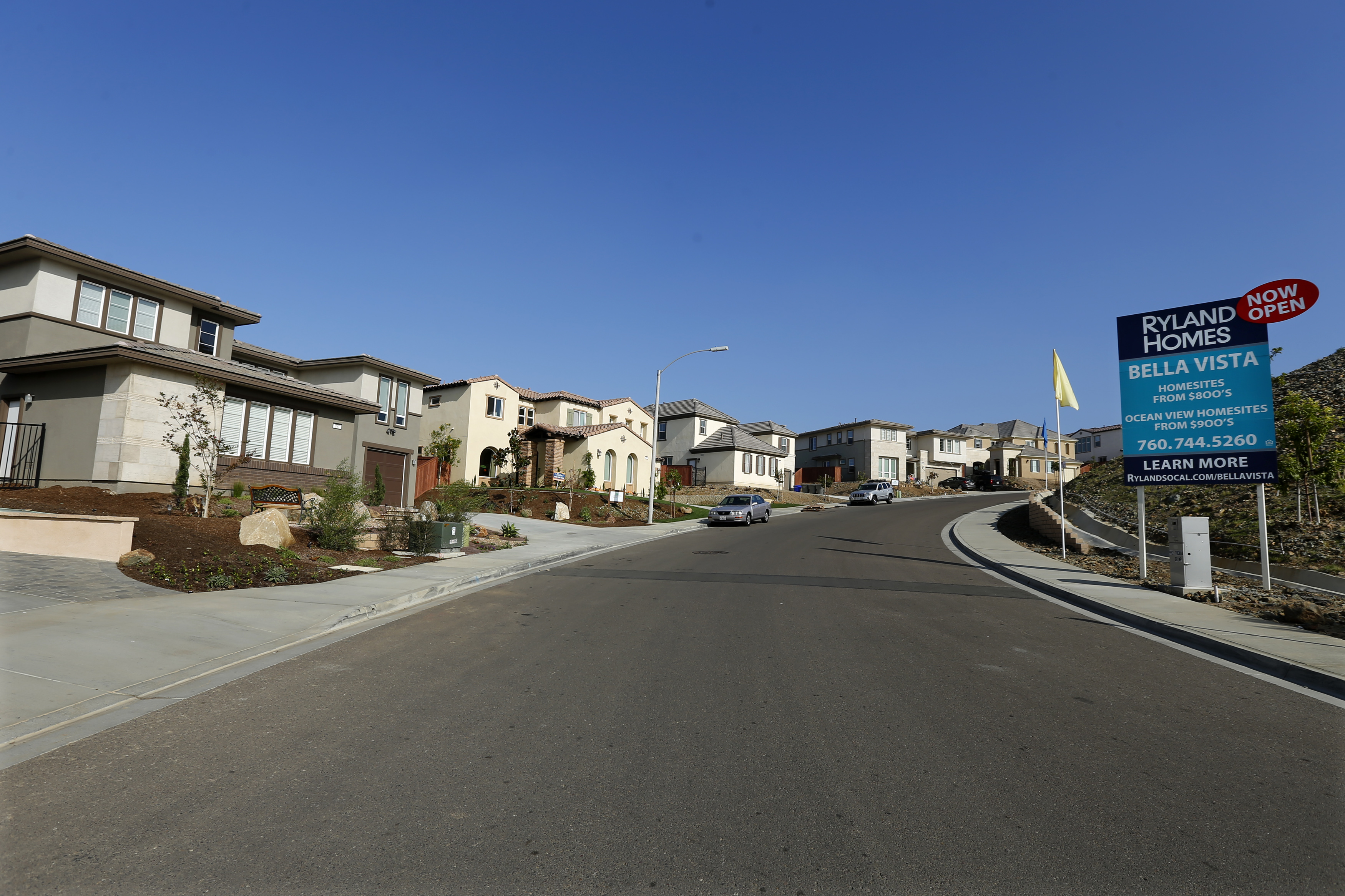 A view of single family homes for sale in San Marcos, California October 25, 2013. PROPERTY REUTERS/Mike Blake
