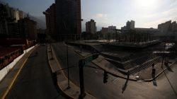 Commercial area is pictured during a blackout in Caracas, Venezuela March 26, 2019. REUTERS/Ivan Alvarado