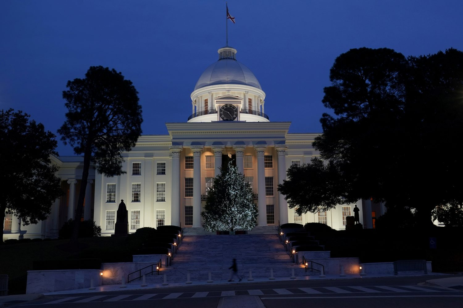 FILE PHOTO: The Alabama State Capitol building is pictured in Montgomery, Alabama, U.S., December 14, 2017. REUTERS/Carlo Allegri/File Photo