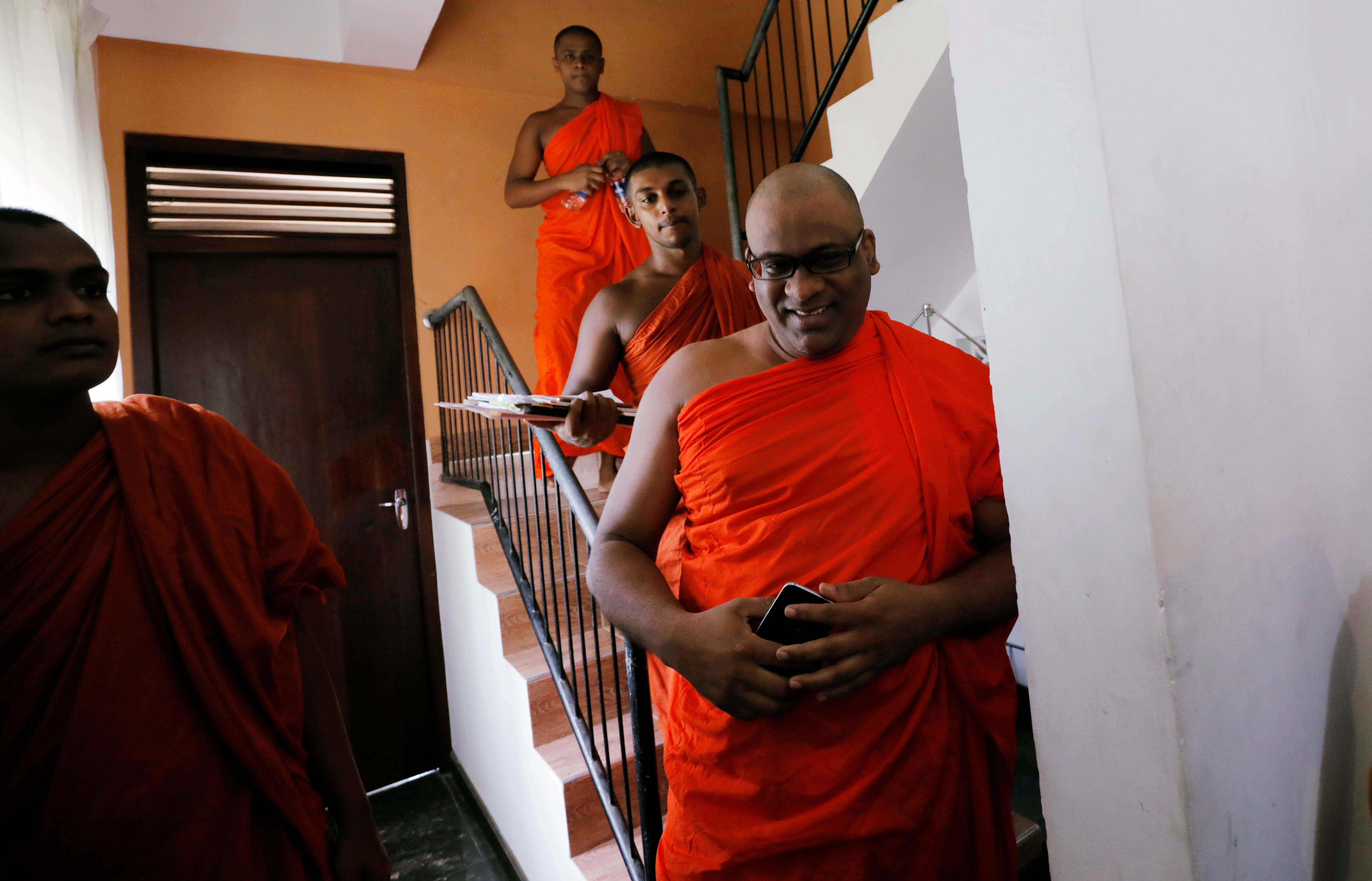 "Galagoda Aththe Gnanasara Thero, head of the hardline Bodu Bala Sena (BBS) or ""Buddhist Power Force"", arrives at a news conference in Colombo, Sri Lanka May 28, 2019. REUTERS/Dinuka Liyanawatte"