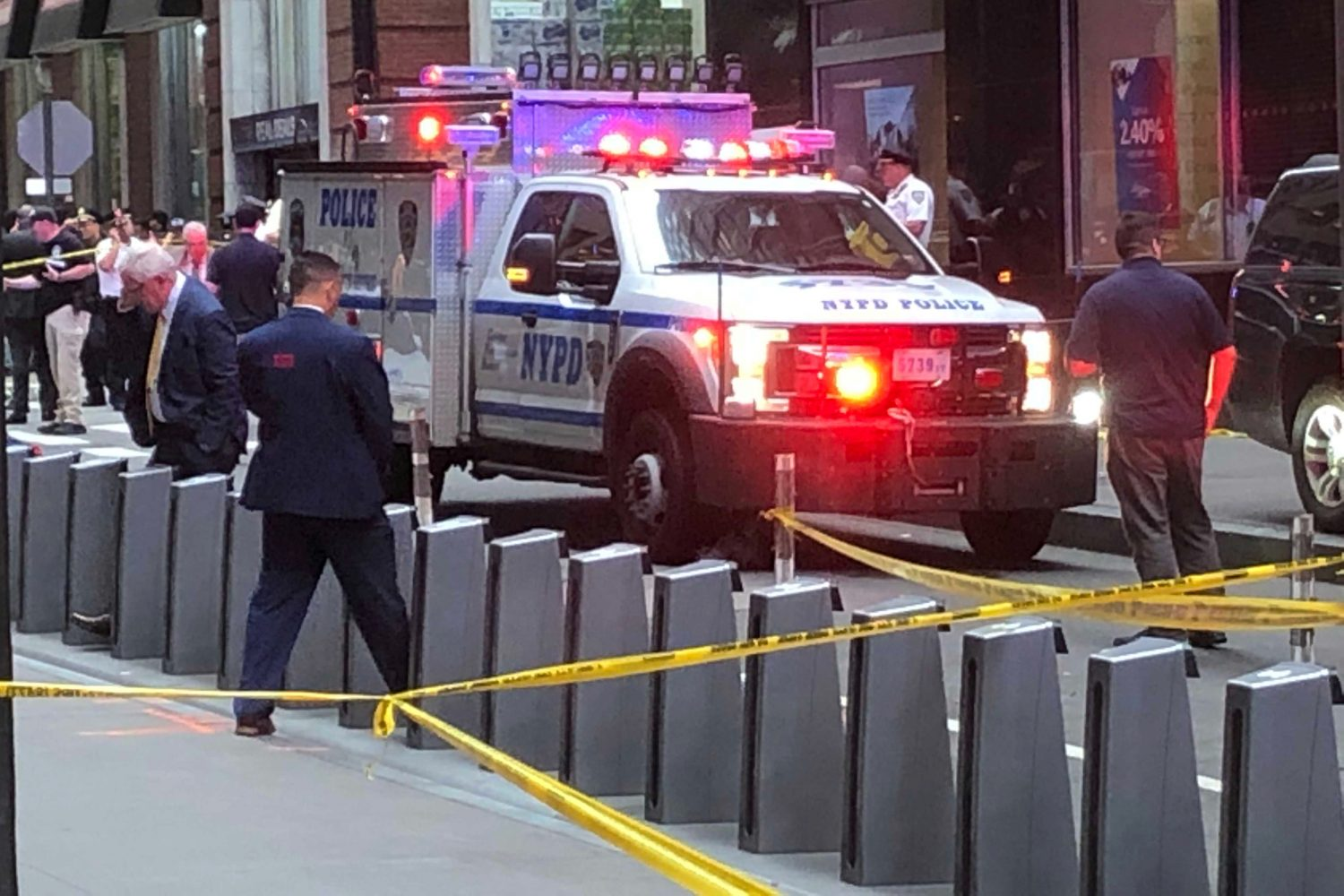 New York City police officers are seen as police said they were investigating two suspicious packages at the Fulton St. subway station in Manhattan, New York, U.S. August 16, 2019. REUTERS/Catherine Koppel